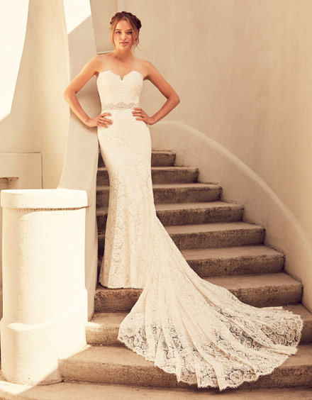 Buying A Wedding Gown For Your Body Shape: Banana Style 4797
