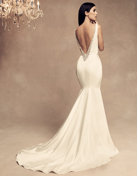 Buying A Wedding Gown For Your Body Shape Hourglass Paloma Blanca