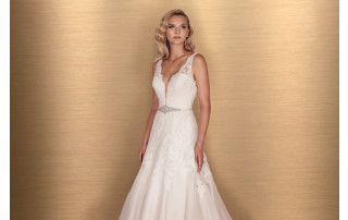 Paloma Blanca Style 4650 Bridals By Cyndi Event