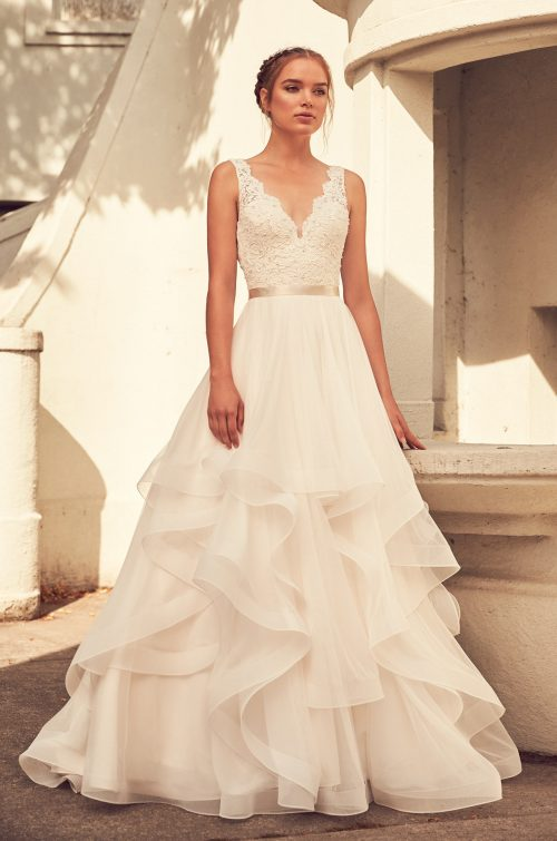 Full wedding dress collection paloma blanca lightly beaded bodice wedding dress style 4798 paloma blanca junglespirit