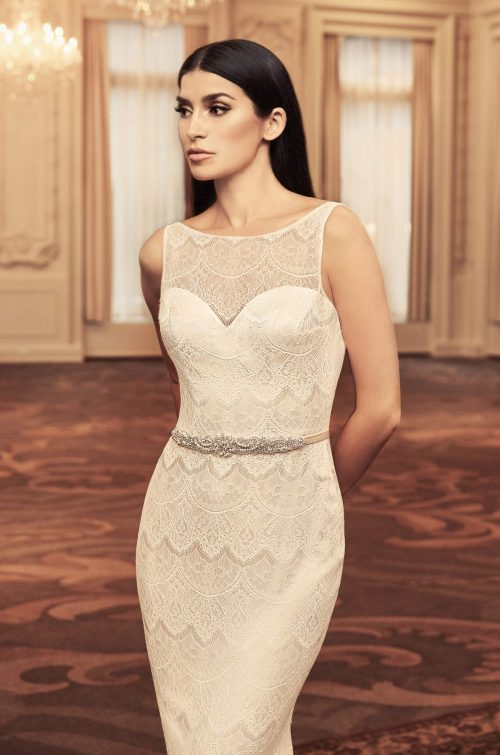 Fitted Chantilly Lace Wedding Dress - Style #4815 | Paloma Blanca