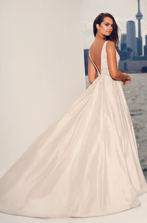 Full Silk Skirt Wedding Dress - Style #4825 | Paloma Blanca