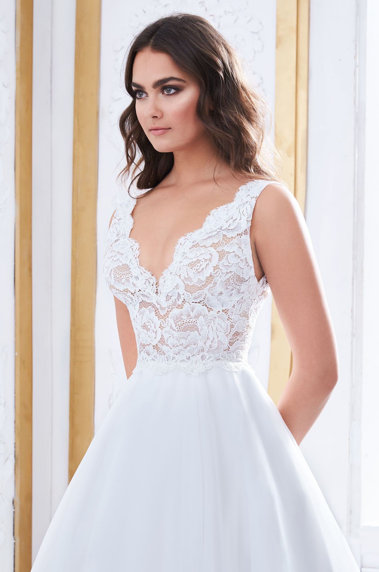 Gorgeous Wedding Dress With Pockets – Style #4852 | Paloma Blanca