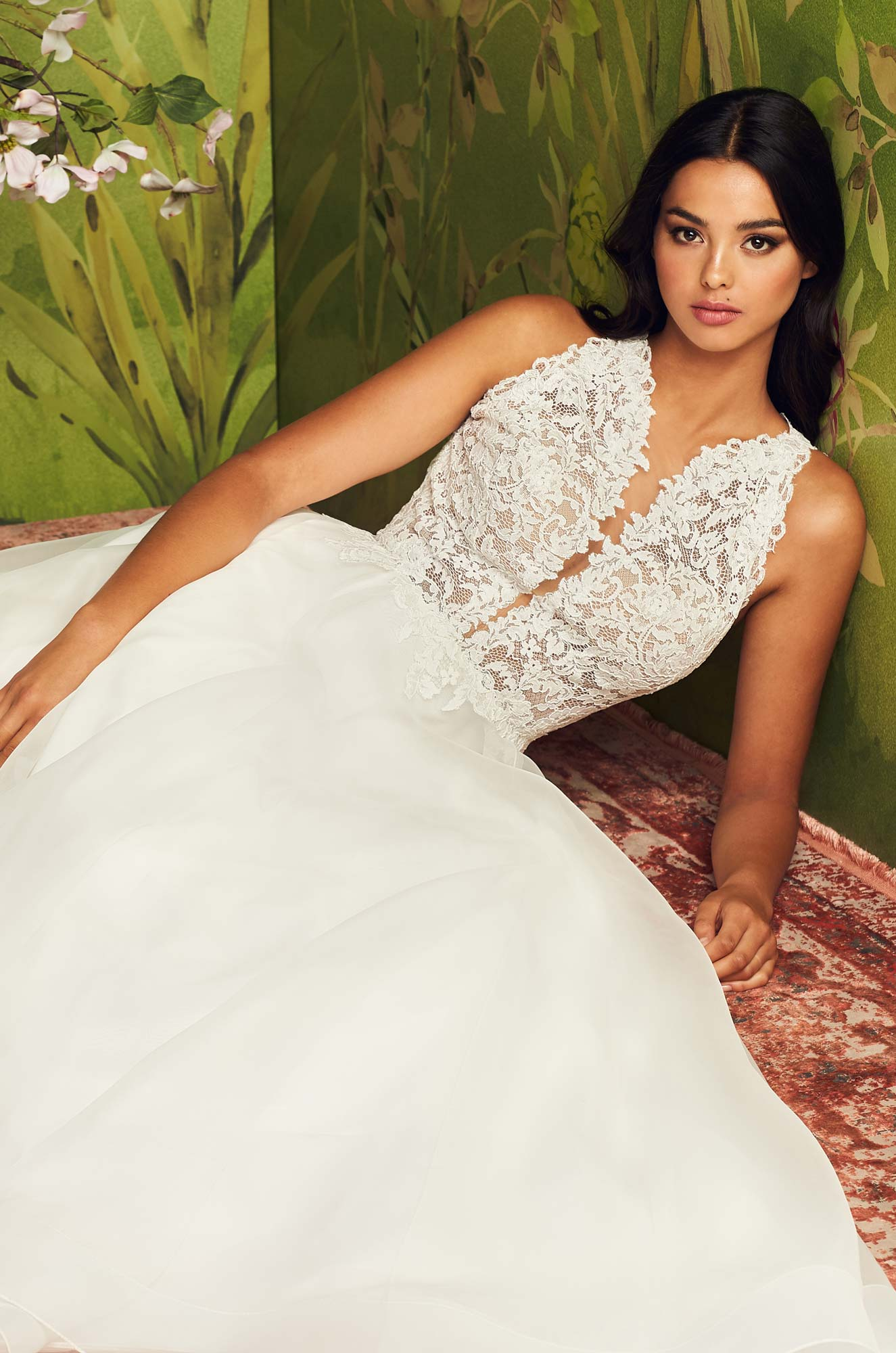 Stylish Jewel Neckline Wedding Dress – Style #4885 | Paloma Blanca