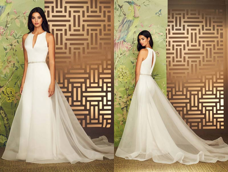 Paloma Blanca Featured Gown Style 4889