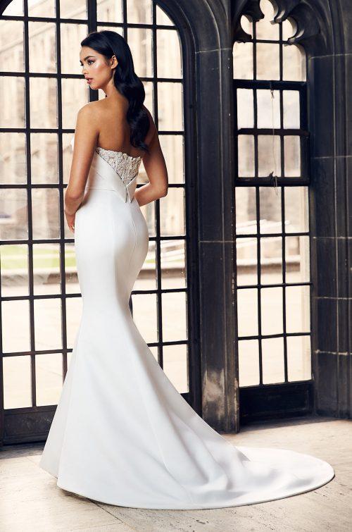 Collar Neckline Wedding Dress - Style #4901 | Paloma Blanca