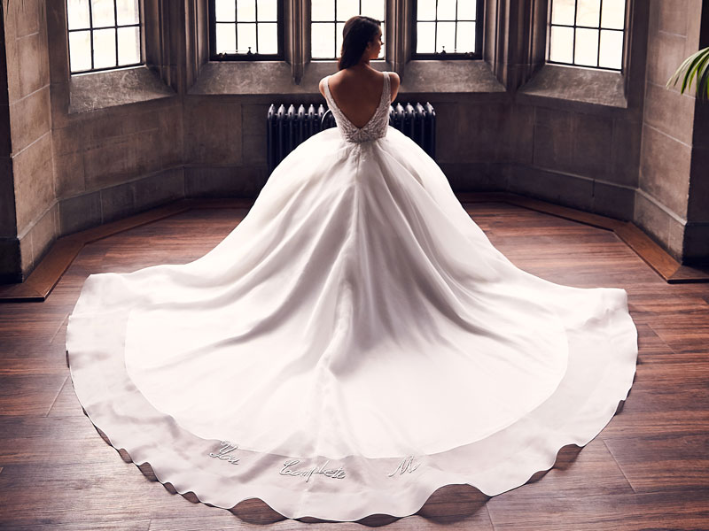 Paloma Blanca Fall 2020 Collection Launch Style 4902