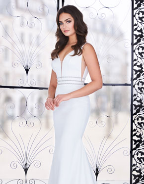 Paloma Blanca What Do You Wear Under A Wedding Dress Plunging Neckline Style 4851
