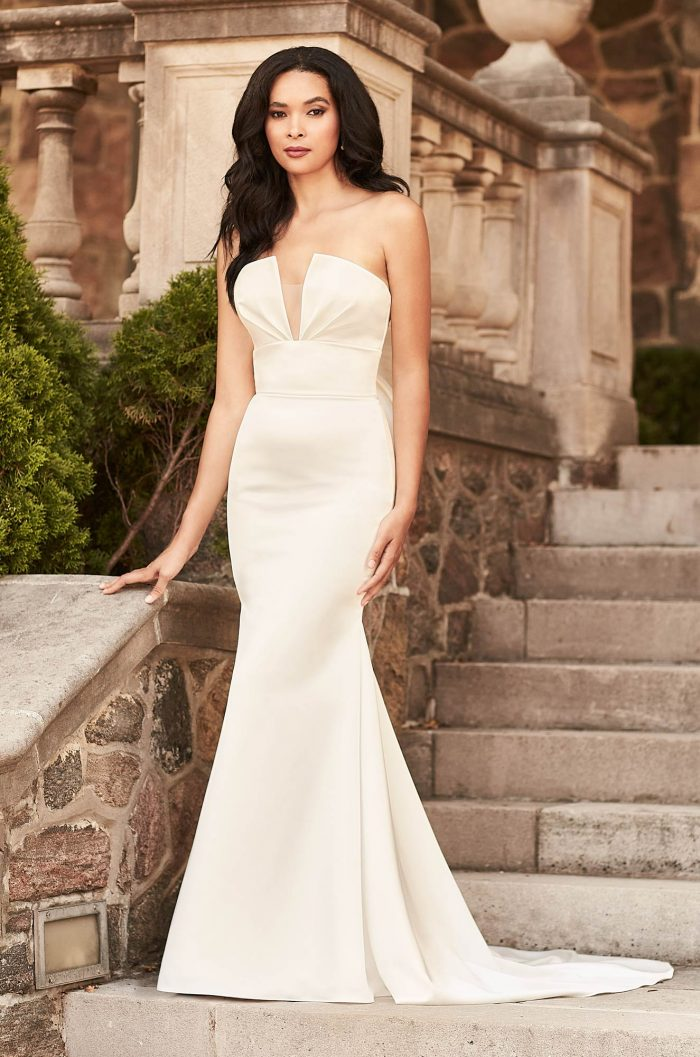 Elegant Notched Neckline Wedding Dress - Style #4926 | Paloma Blanca