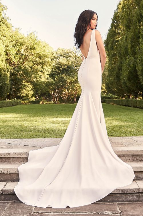 Gorgeous Empire Waist Wedding Dress - Style #4931 | Paloma Blanca