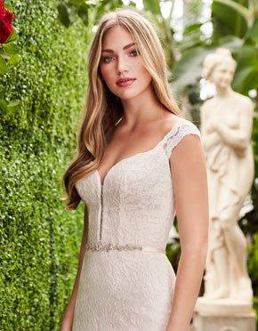 Mikaella What Do You Wear Under A Wedding Dress Plunging Neckline Style 2271
