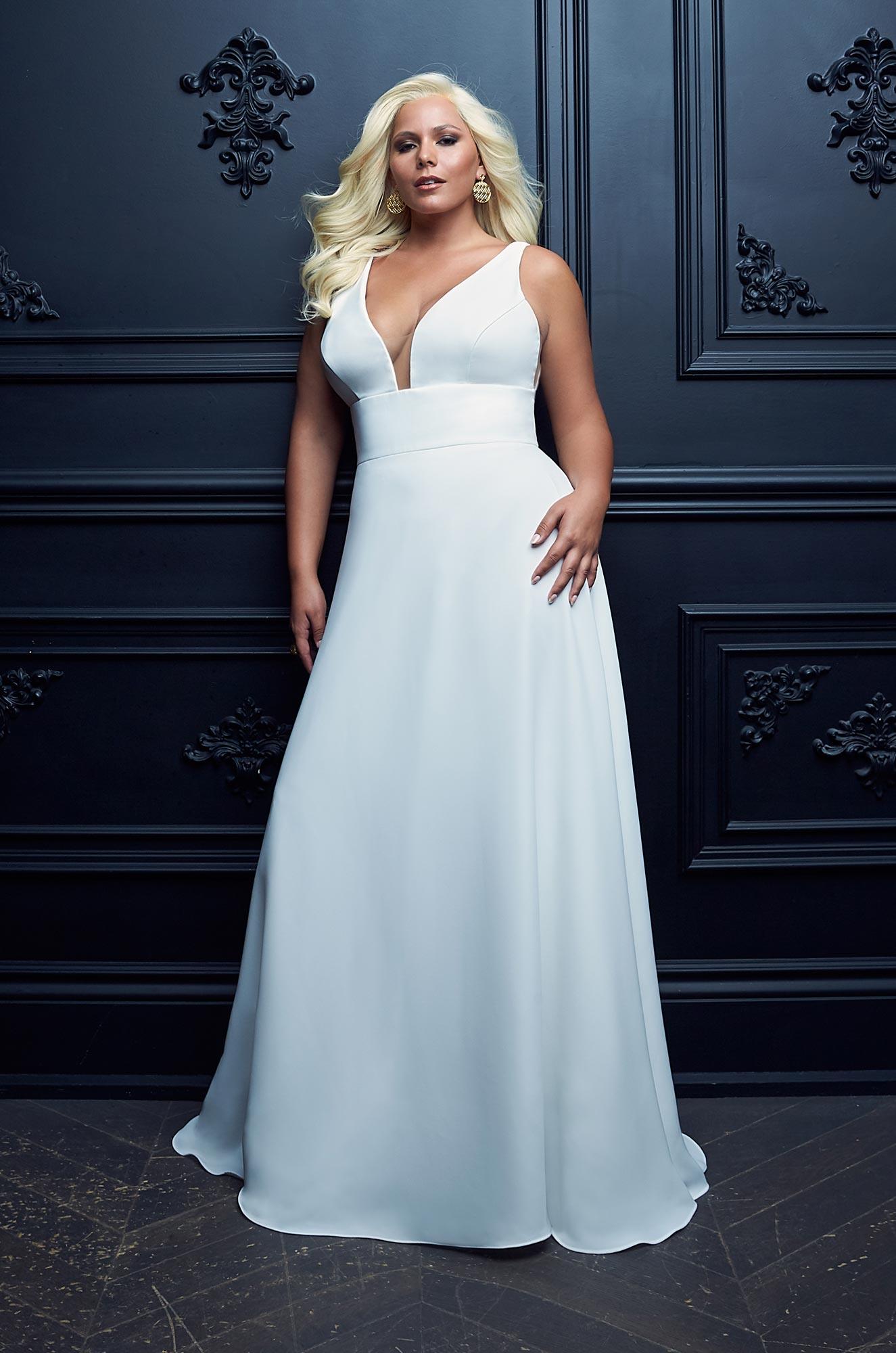 Full Skirt Crepe Wedding Dress - Style #4962 | Paloma Blanca