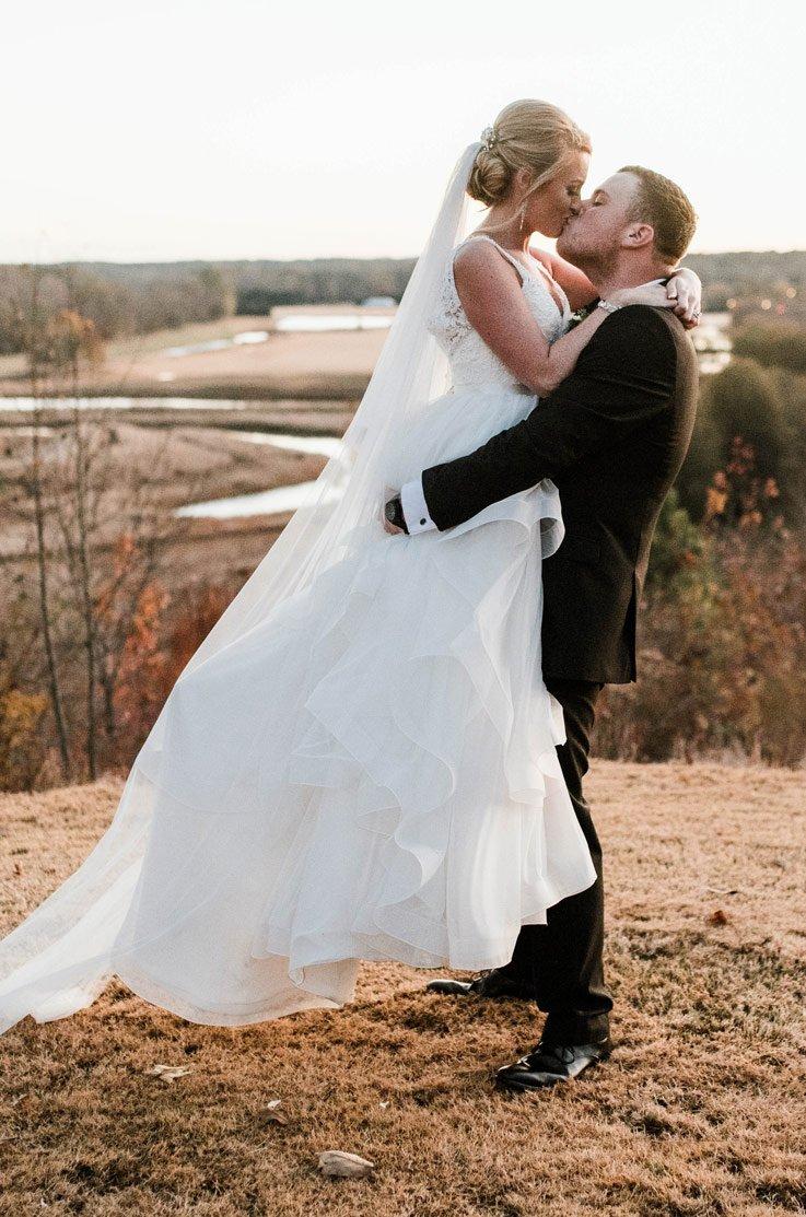 Real Bride Foxhall Resort and Sporting Club – Hayden & Mack | Paloma Blanca