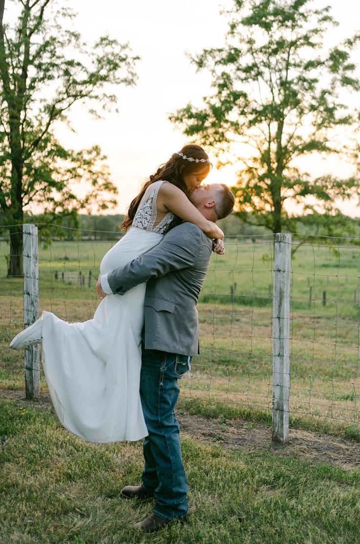 Real Bride Johnson's Locust Hall Farm – Heather & Nickolas   Mikaella Bridal