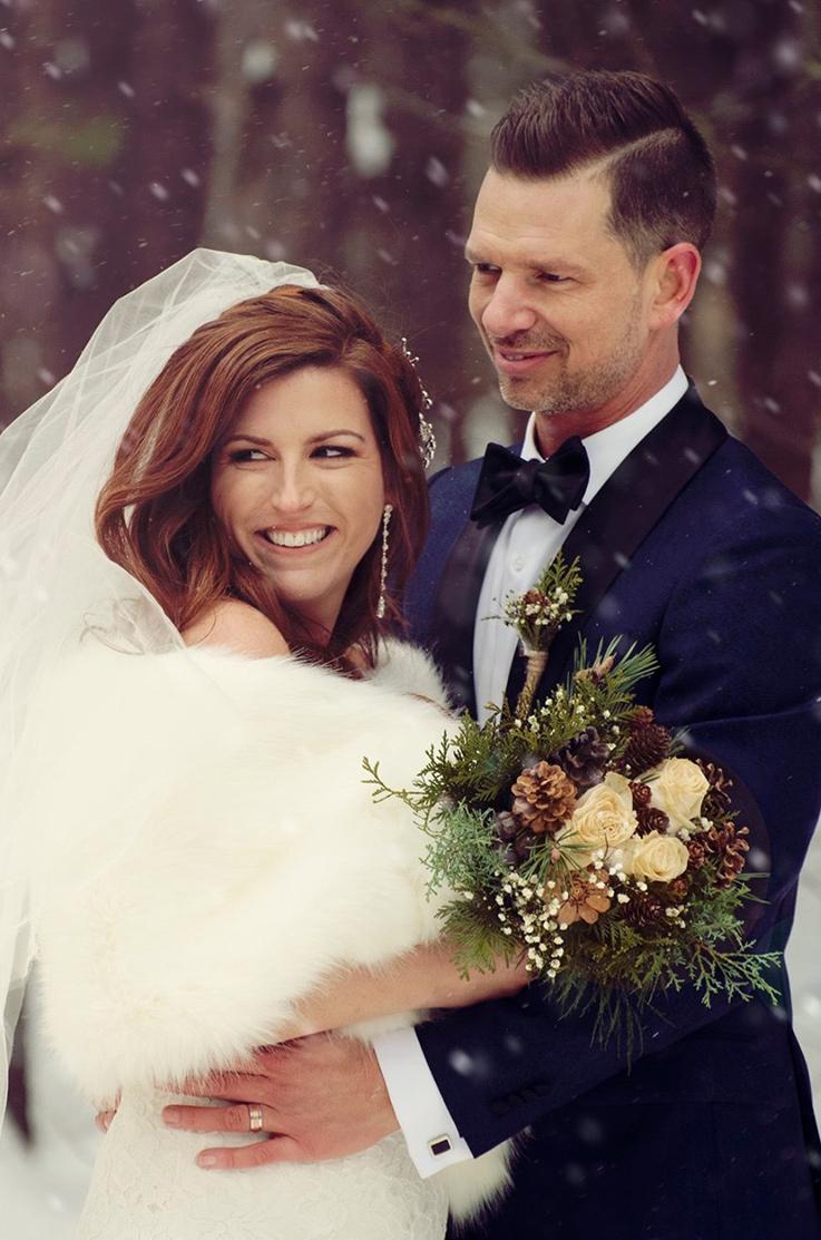 Real Bride Manoir Montpellier – Josée & Éric | Mikaella Bridal