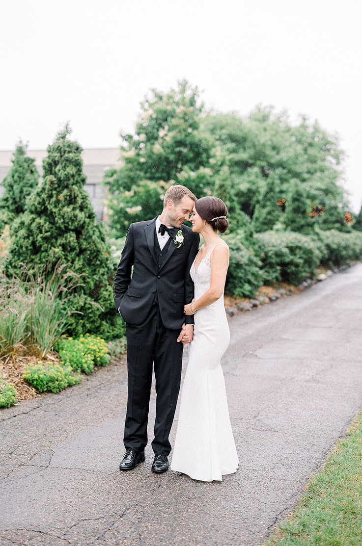 Real Bride Lakeville, MN – Rachel & Brett | Mikaella Bridal
